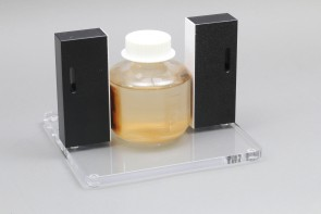 VP 772FA-2 - Magnetic bead separation stand, fixed spacing at 109.54 mm between magnets