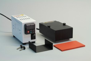 VP 741ABZ-R-MB - Aluminum Heat Block with Eddy Current Defeating Design, 1 Pocket for SLAS Footprint for a Deep Well Microplates or Heat Block Inserts, 1 Mica Heat Insulating Block to protect Stirrer,  Manual Control